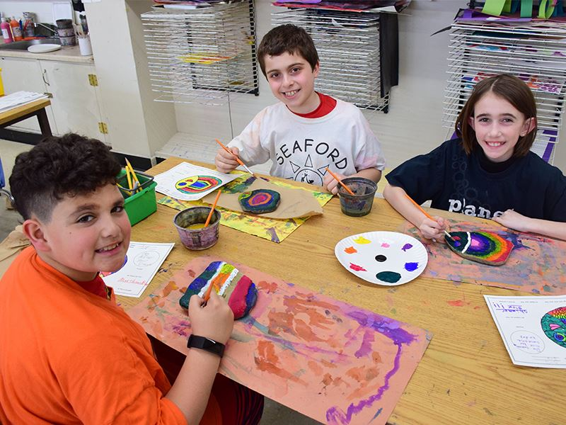 School Art Project Shows How Manor Rocks
