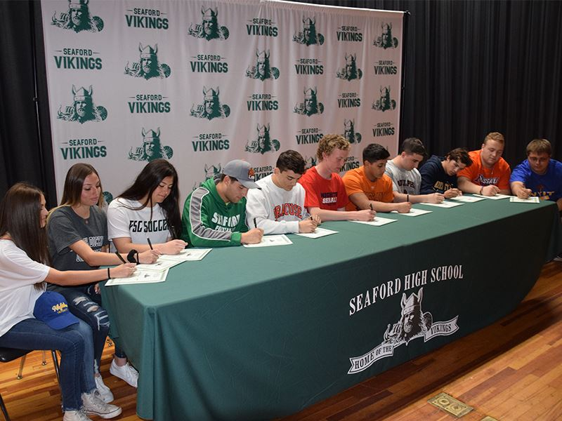 Seaford Sends 11 Vikings to College Sports Teams