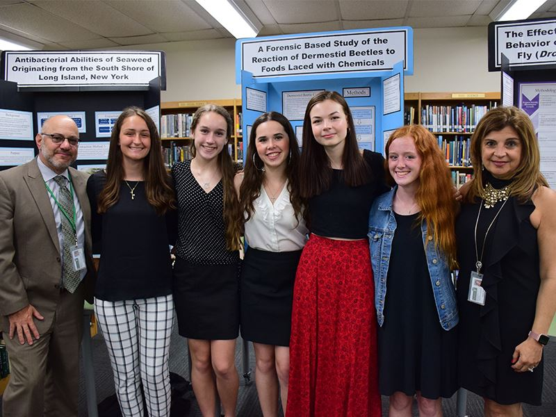 Seaford's Science Stars Shine at Research Night