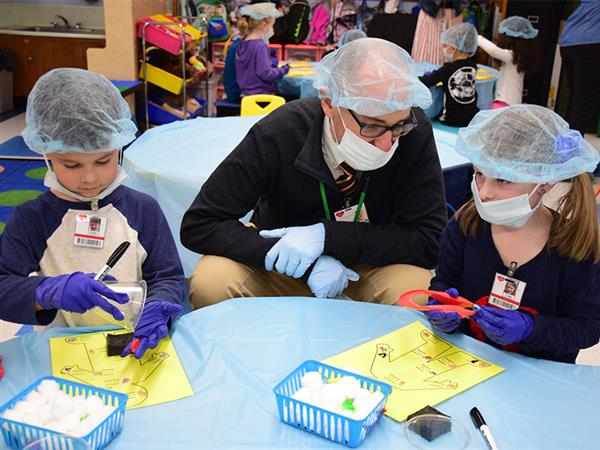 Harbor Kindergartners Get a Learning Check Up