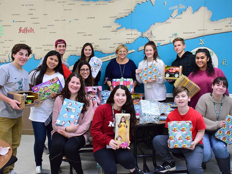 Seaford High School Toy Drive Wraps Up