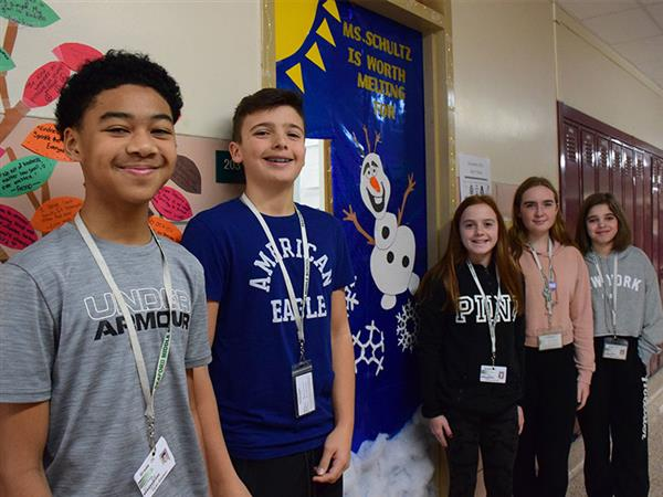 Middle School Student Decorate Doors for Holidays