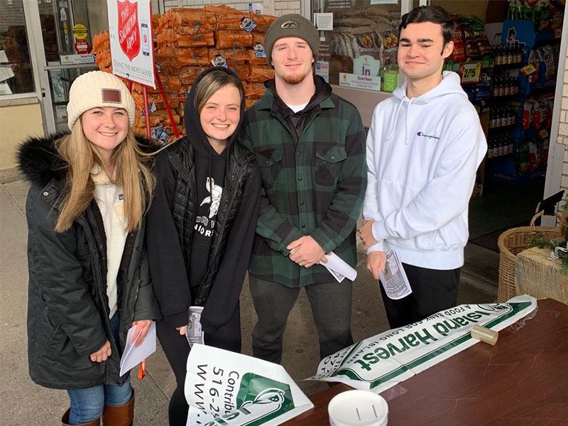 Honor Society Members Perform Community Service